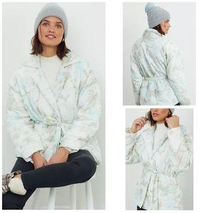 🆕 Anthropologie tie dye puffer jacket size M/L